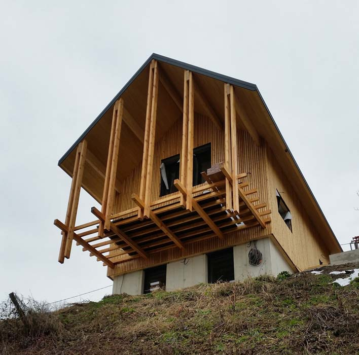 111 entreprise-charpente-couverture-isolation-bardage-mens-moderne