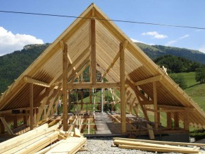 maison-ossature-bois-charpente-couverture-isolation-sarking-vercors-solivage