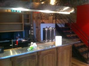 fabrication-bar-menuiserie-grenoble-isere-quai-st-laurent