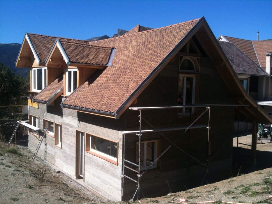 artisan-couverture-treminis-charpente-beton-de-chanvre-jacobines