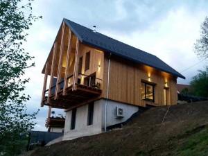 100-entreprise-charpente-couverture-isolation-bardage-saint-jean-le-vieux-construction-neuve