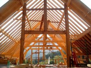 maison-poutres-construction-chichilianne