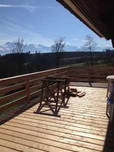 menuisier-fabrication-escalier-terrasse-meleze-mens